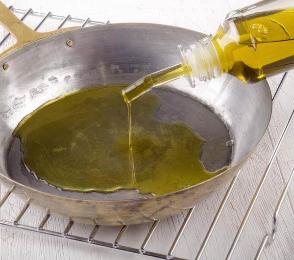 oil-in-pan
